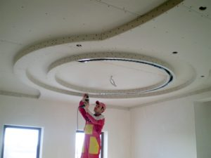 Многоуровневые потолки2